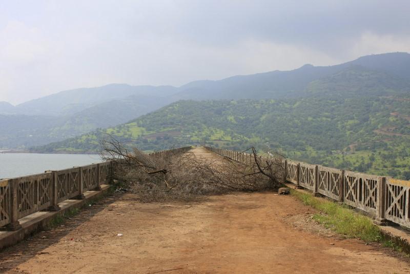 Varsagaon Dam Wall